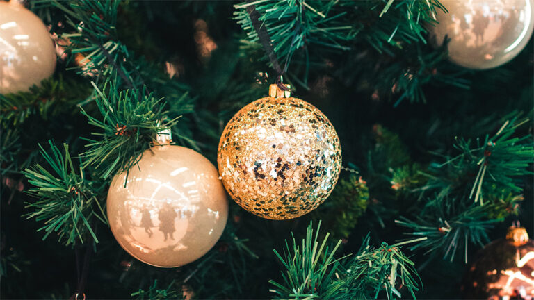 Christmas - Cross Point
